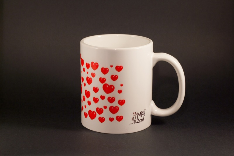 miss zo hearts mug c ur. Black Bedroom Furniture Sets. Home Design Ideas
